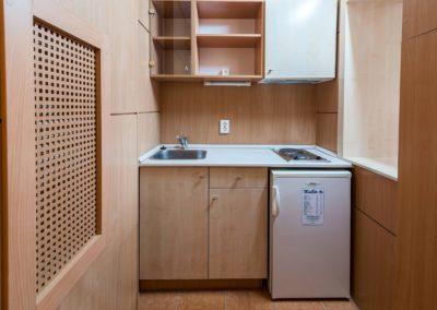 Junior apartman konyha, hűtővel