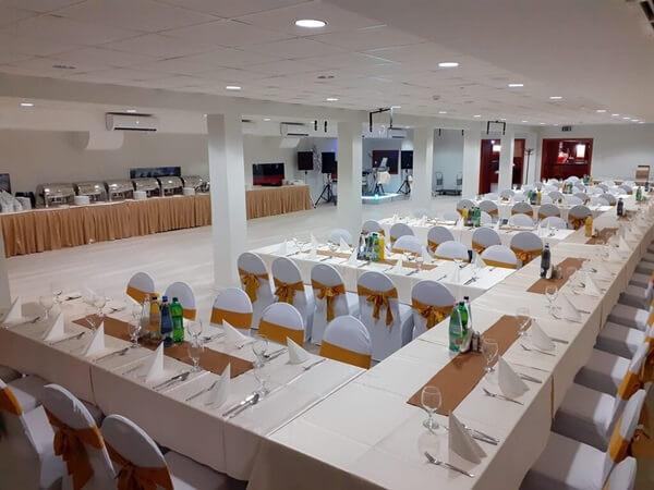 konferencia és rendezvény központ
